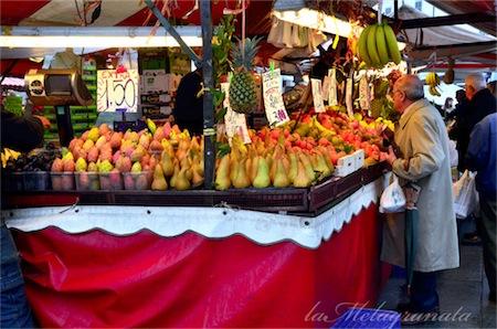 Al mercato di porta palazzo to food blogger a zonzo - Mercato coperto porta palazzo orari ...